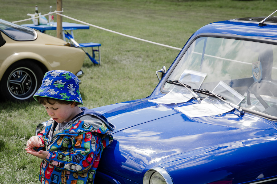Blue child & car